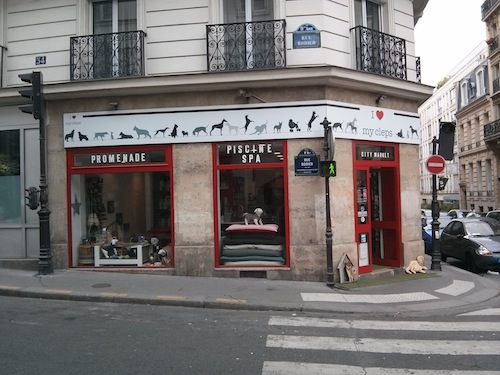 The shop is at the corner of the rue Rodier and the rue Condorcet